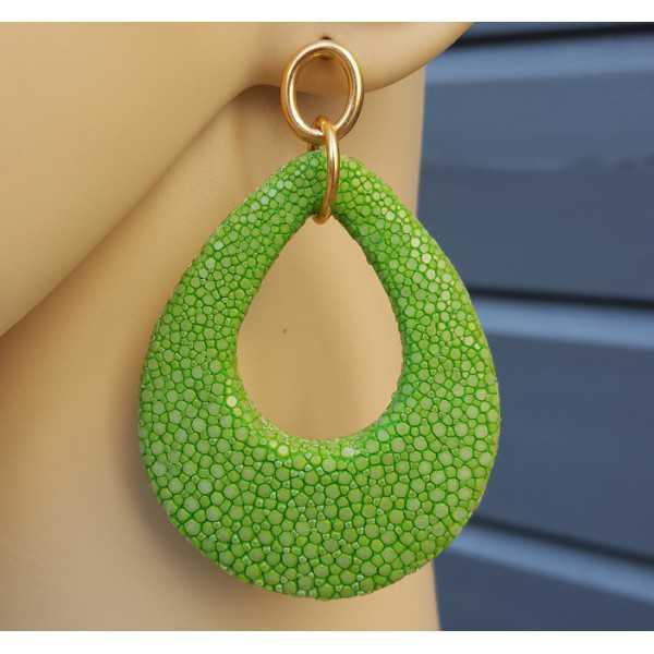 Ohrringe mit einem Tropfen apfelgrün Roggenleer