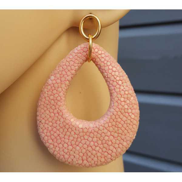 Ohrringe mit einem Tropfen-rosa Roggenleer