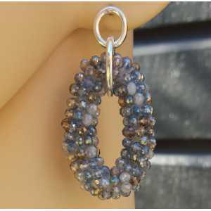 Zilveren oorbellen met ovale hanger van blauw / grijze kristallen
