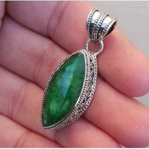 Zilveren hanger met marquise Emerald in bewerkte setting