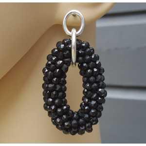 Zilveren oorbellen met ovale hanger van zwarte Onyxen
