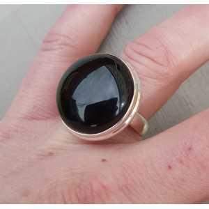 Zilveren ring gezet met ronde cabochon Onyx 17.3