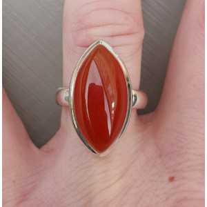 Zilveren ring gezet met marquise cabochon Carneool 17.3 mm
