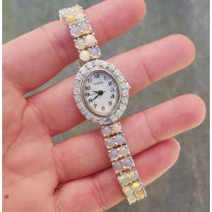 Silberne Uhr mit Runde cabochon äthiopische Opale