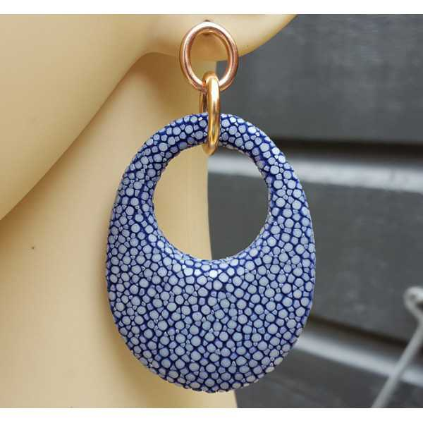 Earrings with oval pendant made of dark blue Roggenleer