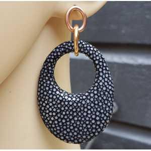Oorbellen met ovale hanger van zwart Roggenleer