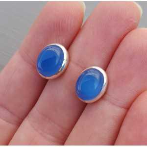 Zilveren oorknoppen met kobalt blauw Chalcedoon