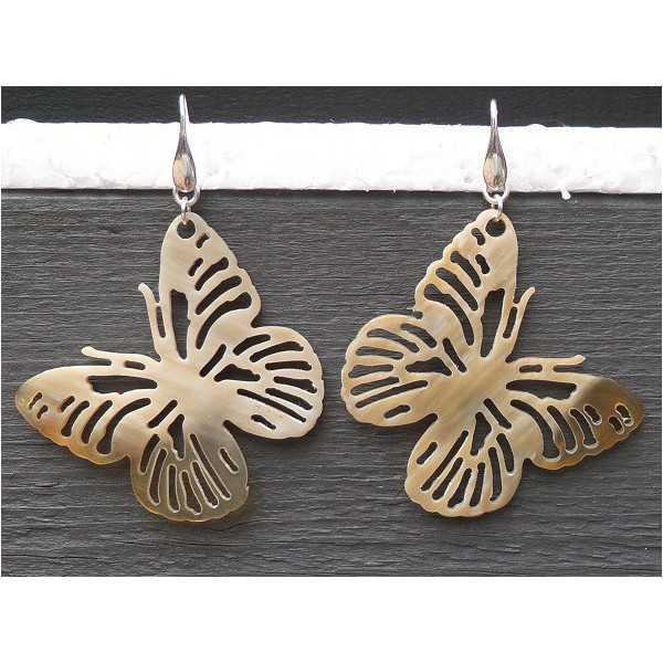 Silber-Ohrringe mit Schmetterling aus Büffelhorn