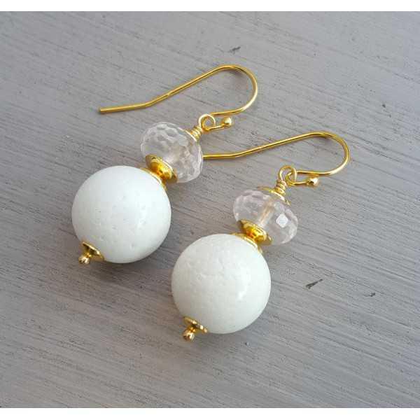 Ohrringe mit weißer Koralle und Rosenquarz