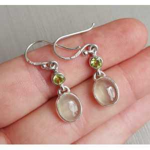 Zilveren oorbellen met Peridot en Prehniet