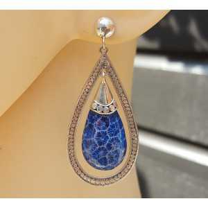 Zilveren oorbellen met druppel van blauw Koraal