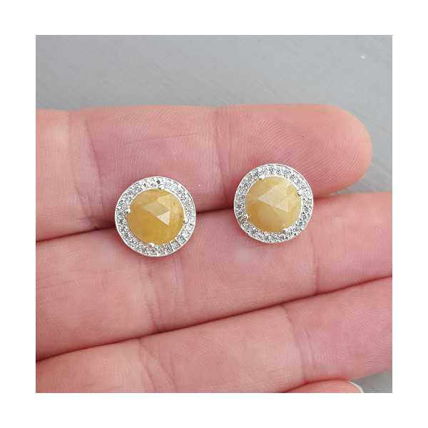 Silver oorknoppen set with yellow Sapphire and Zirconia
