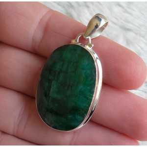 Zilveren hanger gezet met grote ovale facet Emerald