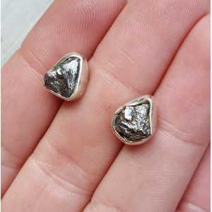 Zilveren oorknoppen met Meteoriet Campo del Cielo