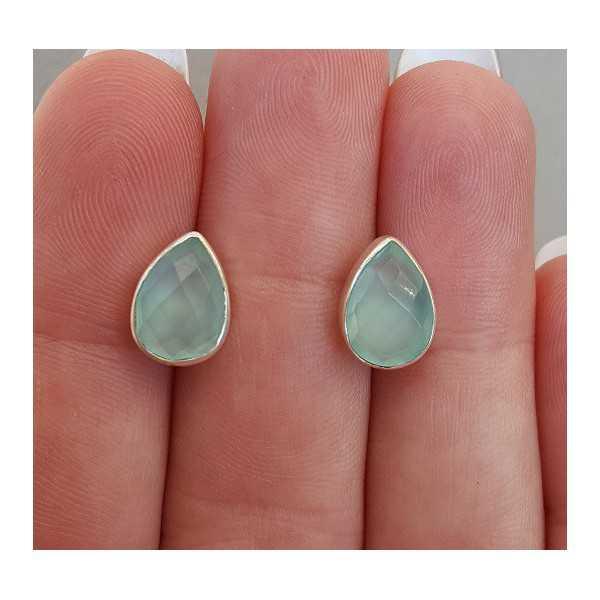 Zilveren oorknoppen met druppelvormige facet aqua Chalcedoon