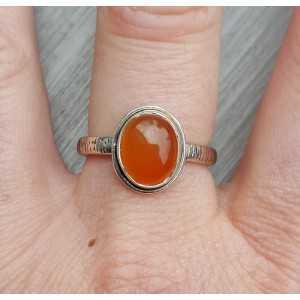 Zilveren ring gezet met ovale cabochon geslepen Carneool 19