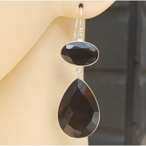 Silver earrings with oval and teardrop faceted Onyx