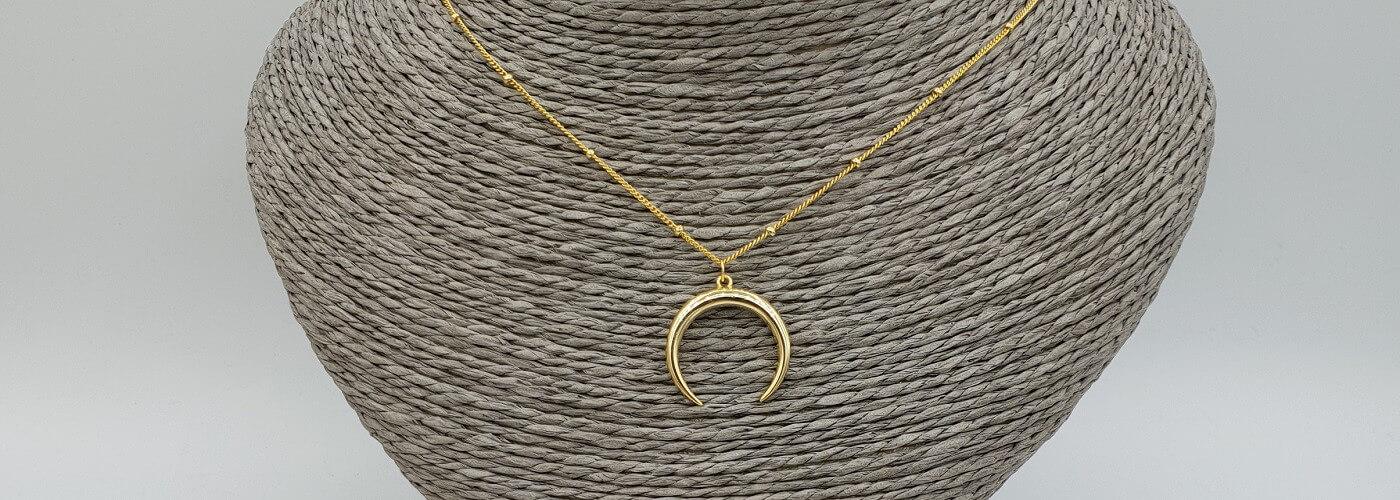 Vergoldete Halsketten